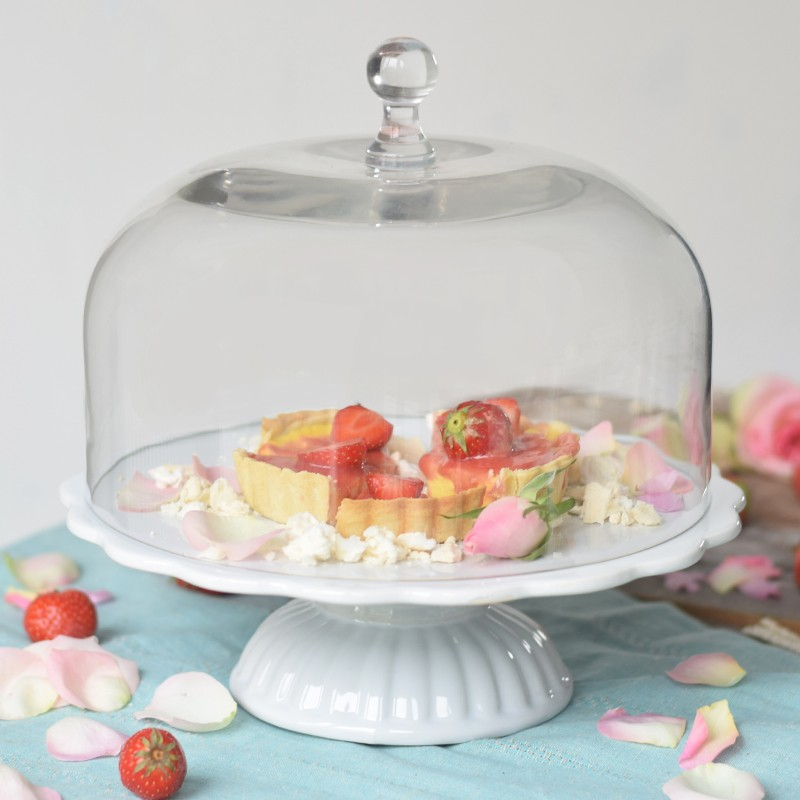 ib laursen tortenplatte mynte in wei mit glashaube cake stands bei home of cake