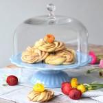 Ib Laursen Tortenplatte Mynte in Hellblau mit Glashaube